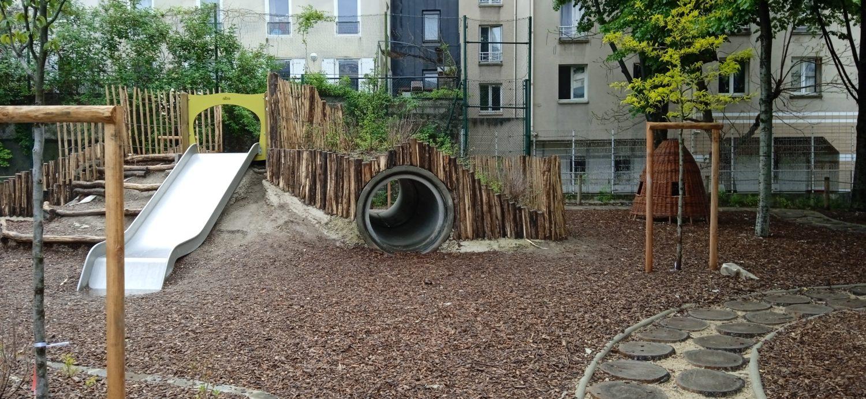 cour Oasis FEDER enfants Paris jeux animations été école plein air activités nature