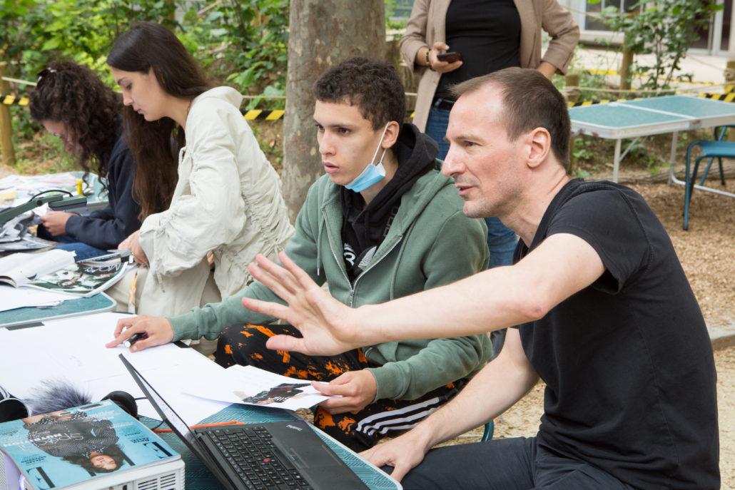 Cour Oasis école élémentaire Keller ouverture MPAA Breguet Vendredi Poésie Benoît Labourdette streetwear Belleville filmer en connexion Paris