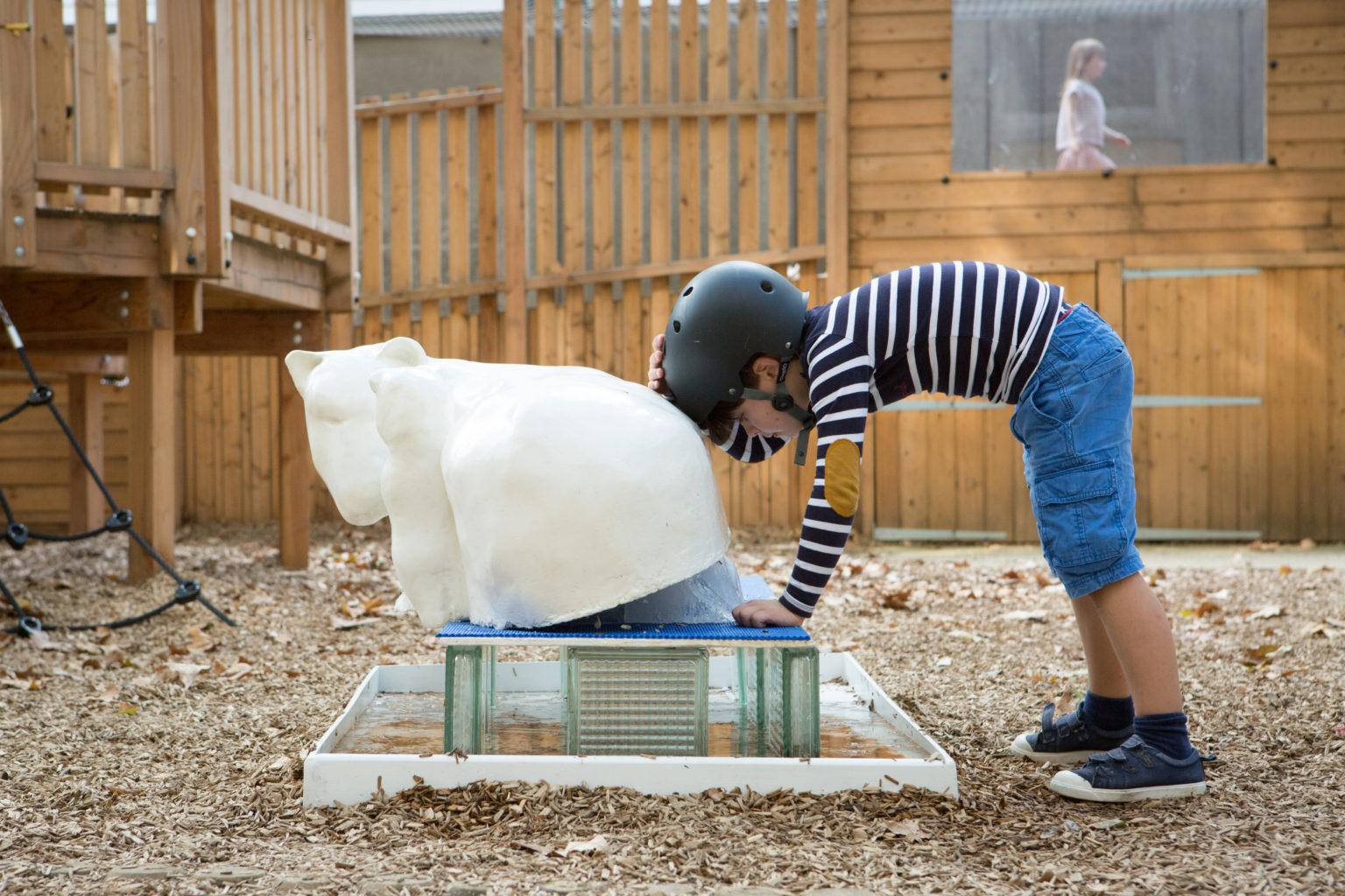 Les 36 blocs de glace ont presque entièrement fondu en une seule journée !  © Marion Pouliquen