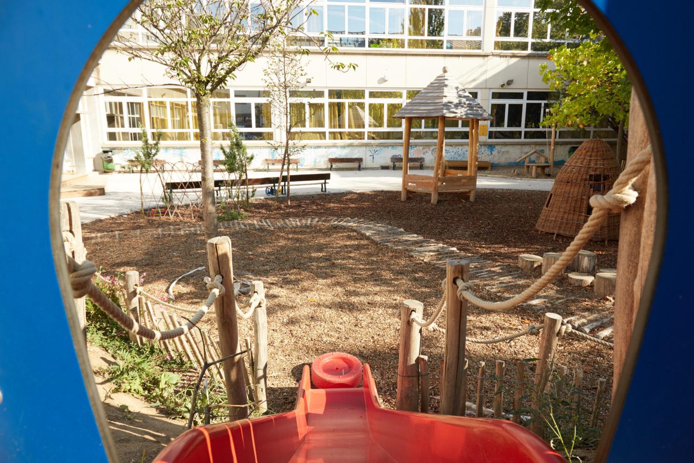 Cour de l'école maternelle © Marine Saiah